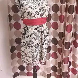 Speechless Dresses - Strapless summer mini dress with pockets